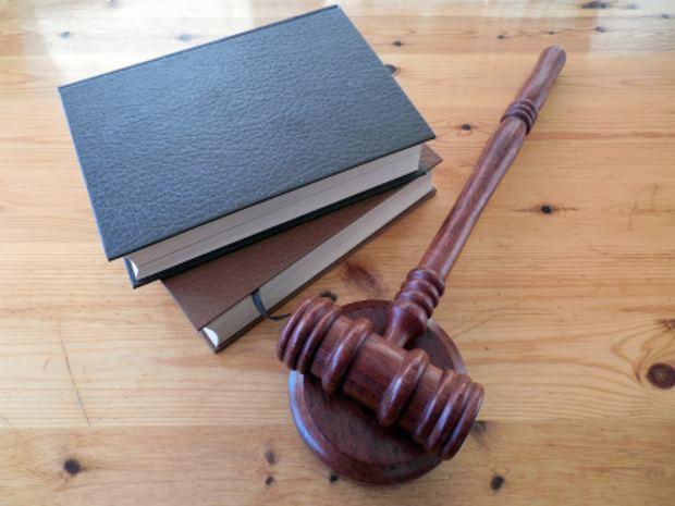 איך לבחור עורך דין פלילי מומחה?