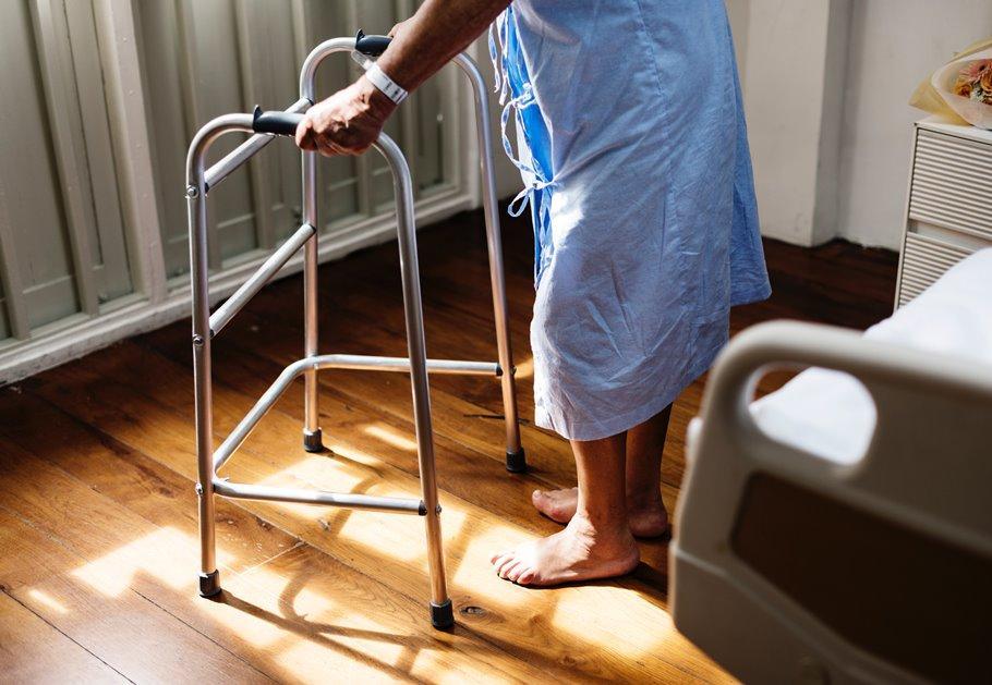פנסיה חודשית נוספת בגין מחלות מקצוע למורה בת 58 בעזרת מומחי ...
