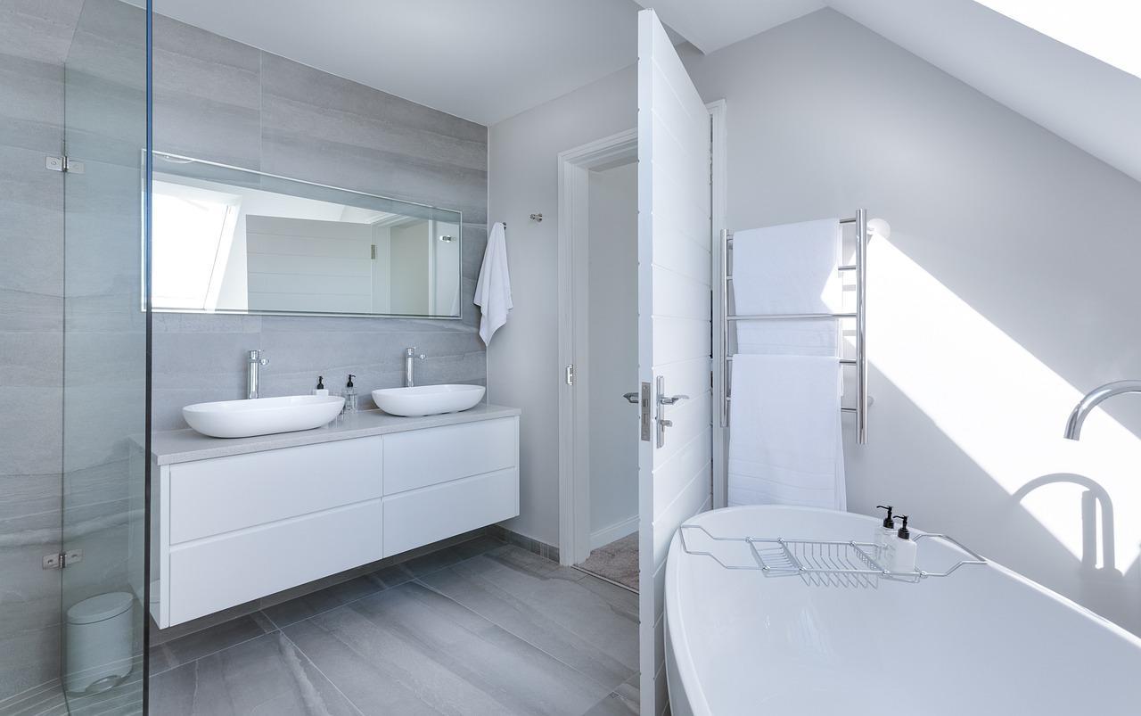 האביזרים התורמים לעיצוב האמבטיה