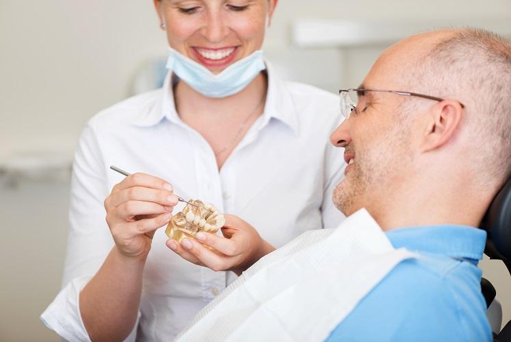 השתלת שיניים ביום אחד או לטווח ארוך ?