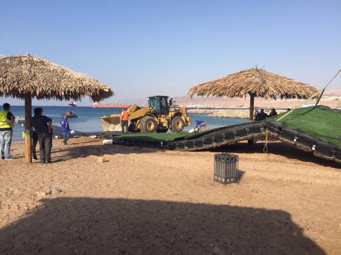 הטאג' מאה'ל  באילת  ומתחם ספורט ימי  בחוף הצפוני באילת נהרסו...