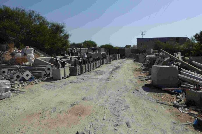 אשדוד: מסיג גבול שהשתלט על  אדמת מדינה המיועדת לתעשיה והציב ...