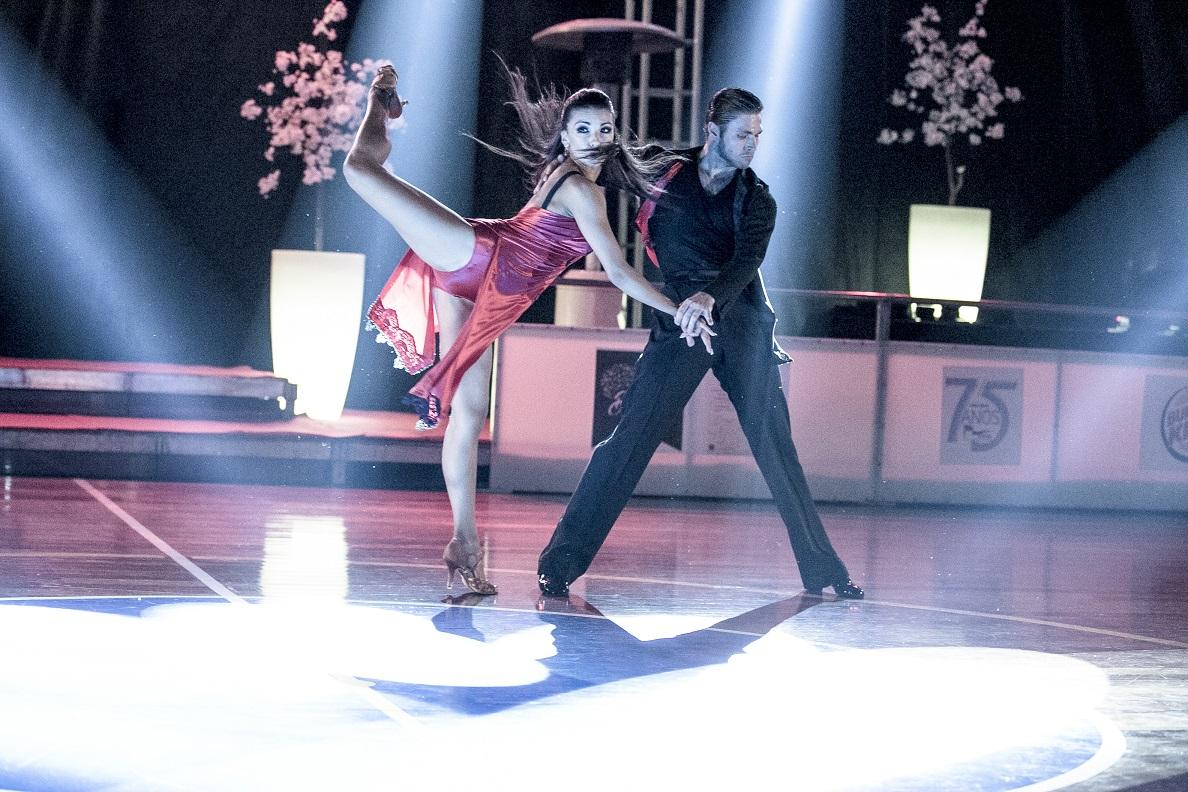 הפסטיבל הבינלאומי לריקודים סלוניים 2017 עם 800 רקדנים מכל הע...